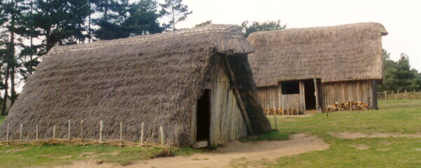 reconstruction-of-anglo-saxon-village